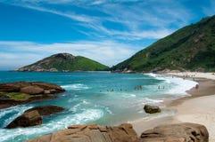 Tropischer brasilianischer Strand Lizenzfreies Stockfoto