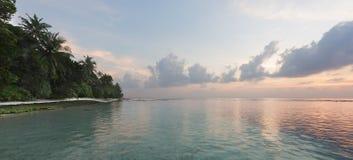 Tropischer Sonnenaufgang Stockfoto