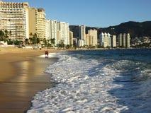 Tropischer Sonnenuntergang Acapulcos Mexiko Lizenzfreie Stockfotografie