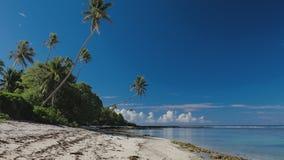 Tropischer Strand auf Südseite von Upolu, Samoa-Insel stock video