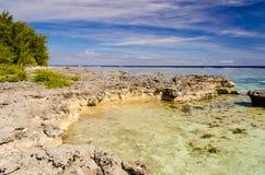Tropischer Strand bei Moorea, Französisch-Polynesien Stockbild