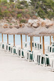 Tropischer Strand im Sommerzeittouristenfeiertag Lizenzfreies Stockfoto