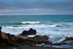Tropischer Strand nahe dem La geschnitten in Fuerteventura, Kanarische Insel, Spanien Lizenzfreies Stockbild