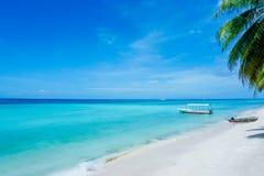 Tropischer Strand Philippinen Lizenzfreie Stockbilder