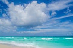 Tropischer Strand und Ozean Miamis Stockfotos
