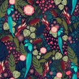 Tropisches Blumenmuster mit blauem Vogel Lizenzfreie Stockbilder