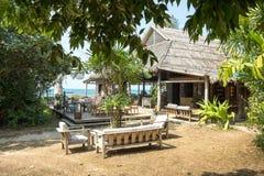 Tropisches Dschungelrestaurant in Vietnam lizenzfreie stockfotografie