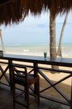 Tropisches Getränk am Erholungsort auf dem Strand Lizenzfreies Stockbild