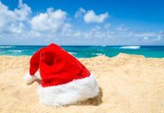 Tropisches Strand Weihnachts- und des neuen Jahreshintergrund Lizenzfreies Stockfoto