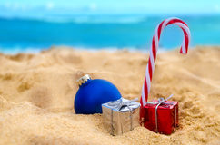 Tropisches Strand Weihnachts- und des neuen Jahreshintergrund Stockbild