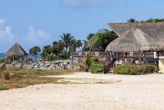 Tropisches strandnahes Paradise auf Riveria-Maya, Mexiko lizenzfreies stockbild