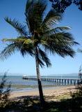 Tropisk ö, strandsikt Arkivbild