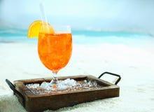Tropisk apelsin och daquiricoctail royaltyfri fotografi