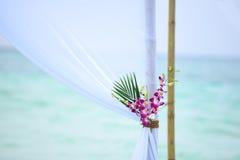 Tropisk blomma för bröllopGazebo Royaltyfri Fotografi