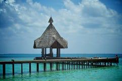 Tropisk brygga Fotografering för Bildbyråer