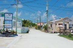 Tropisk Caye Caulkerö på en solig dag, Belize Arkivfoto