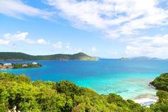 Tropisk destination på den angenäma fjärden för punkt, St Thomas Island Arkivbilder