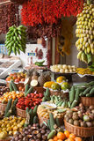 Tropisk fruktmarknad i Funchal, Madeira Arkivfoton