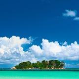 tropisk härlig ö Arkivbild
