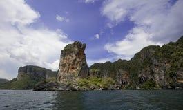 Tropisk himmel för Andaman öar utom fara arkivbild