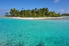 Tropisk holme Tikehau Tuamotu franska Polynesien arkivfoto