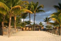 tropisk hotellterrasse Arkivfoton