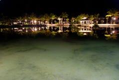 tropisk nattsemesterort Fotografering för Bildbyråer