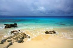 Tropisk paradisöstrand Arkivbild