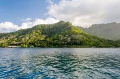 Tropisk paradisstrand Royaltyfria Bilder