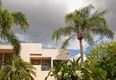 tropisk semester för condo Arkivfoto