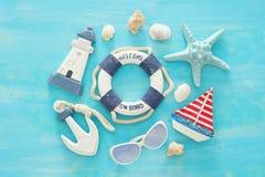 Tropisk semester- och sommarloppbild med objekt för havslivstil Top beskådar royaltyfri fotografi