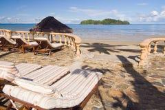 tropisk semesterortterrass Arkivbild