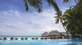 tropisk sikt för semesterort Arkivbild