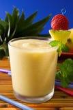 tropisk smoothie Arkivbild