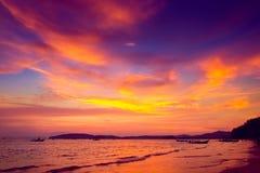 Tropisk solnedgång Royaltyfria Foton