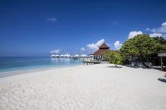 Tropisk strand för Paradisiacal landskap Arkivfoto