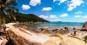 Tropisk strand i Koh Samui, Thailand Arkivfoton