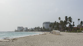 Tropisk strand på den karibiska ön av San Andres, Colombia Arkivfoto