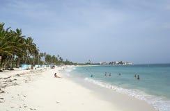 Tropisk strand på den karibiska ön av San Andres, Colombia Royaltyfri Foto