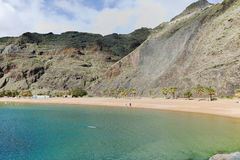 Tropisk strand Teresitas, Tenerife, kanariefågelöar i vinter Arkivbild