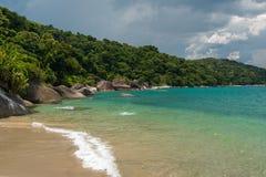 tropisk strandbrasilian royaltyfria bilder