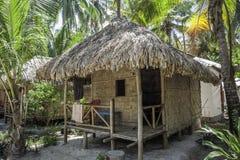 Tropisk strandkoja Royaltyfri Foto