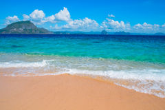 tropisk strandsand Arkivfoton
