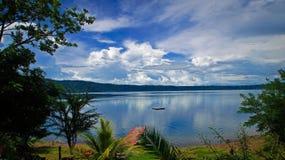 Tropisk strandsjösikt Fotografering för Bildbyråer