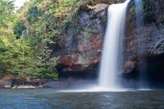 tropisk vattenfall Fotografering för Bildbyråer
