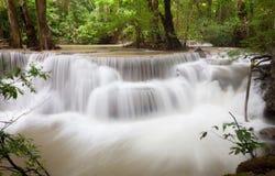 Tropisk vattenfall Thailand Arkivfoton