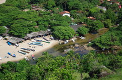 Tropiska östrandkanoter - Ilhabela, Brasilien Arkivfoto