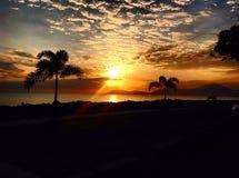 Tropiska solnedgångar Arkivbild