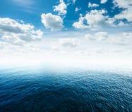 tropiskt bakgrundshav Royaltyfri Bild
