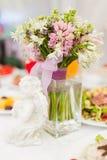tropiskt bröllop för bukett arkivfoton
